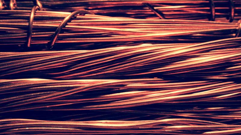 Izolacja kabli i przewodów elektrycznych